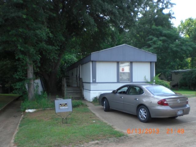 1995 Belmont  Premier Single Wide Mobile Home For Sale